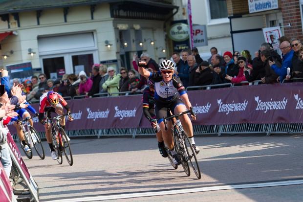 10-04-2016: Wielrennen: Energiewachttour vrouwen: BorkumBORKUM (GER) wielrennen De slotetappe van de Energiewachttour was een etappe op het Duitse Waddeneiland Borkum. Kirsten Wild wint de etappe en daarmee haar tiende etappe overwinning in de Energiewachttour